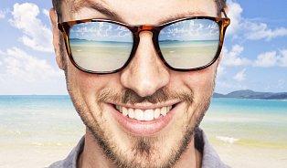 Řídíte se slunečními brýlemi? Na dovolenou si ale pořiďtejiné