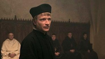 Třídílný televizní film Jan Hus patřil mezi velmi nákladné projekty České televize