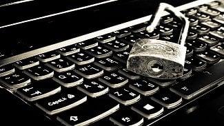 Root.cz: Neuniklo vám heslo nebo privátní klíč?