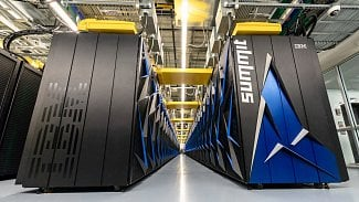 Root.cz: USA mají nejvýkonnější počítač, Čína vede na počet