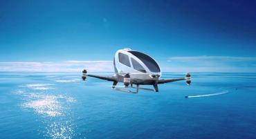 Testovaný prototyp dronu určeného k přepravě osoby měl letos začít létat v Dubaji