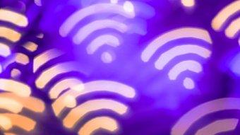 Lupa.cz: Jak předělat telefonní budky na Wi-Fi