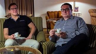 Podnikatel.cz: Provozují prvorepublikovou kavárnu. Čtěte jejich příběh