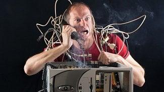 IT včeských firmách: je problém mezi klávesnicí ažidlí?