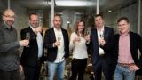 DVTV podepsalo exkluzivní smlouvu sEconomií na další třiroky