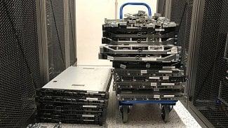 Root.cz: Stěhování z datacentra aúklid kabelů