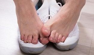 Vitalia.cz: Zázračné ponožky proti plísním? Je to jinak
