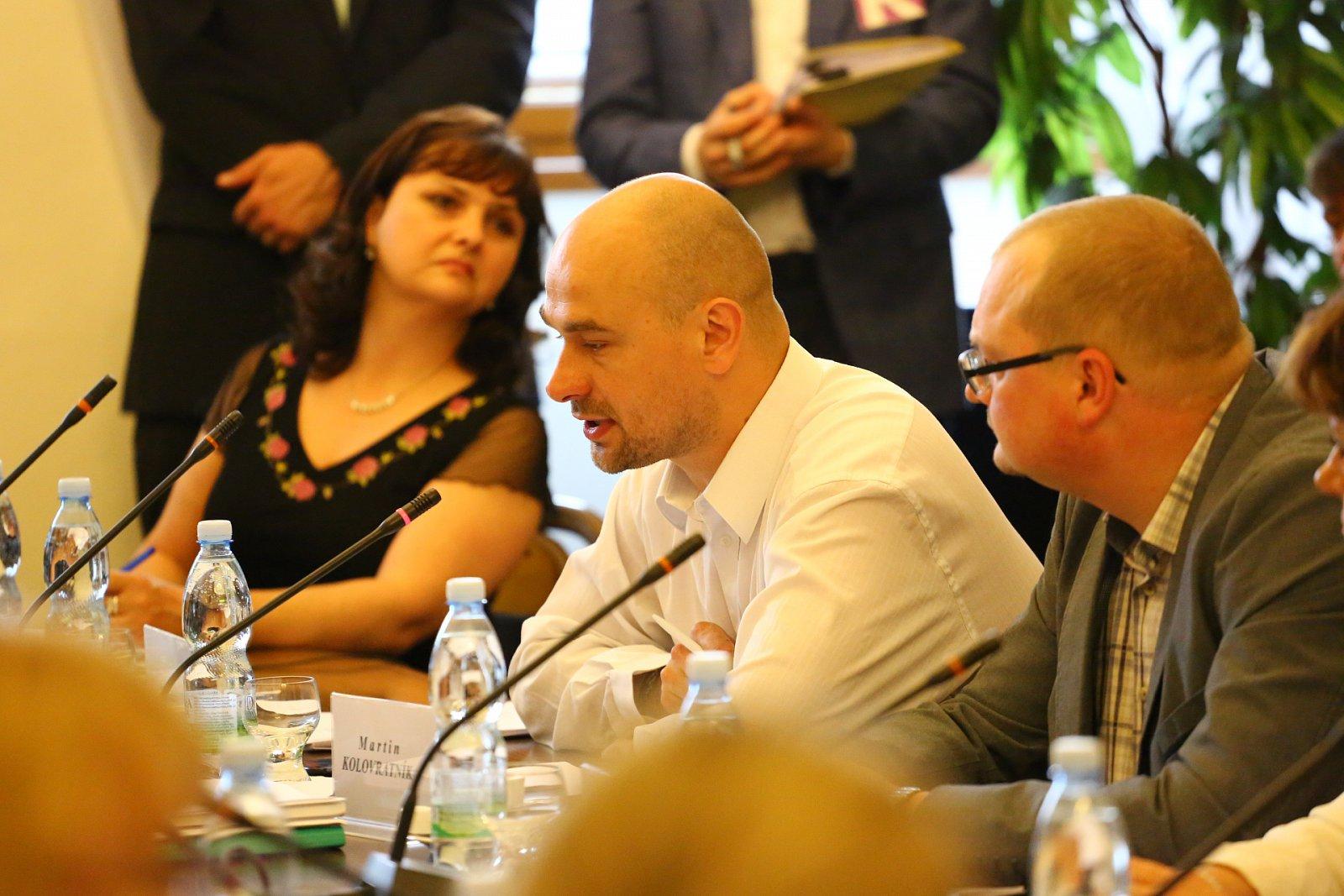 Ostře sledované jednání Volebního výboru sněmovny 3. června 2015