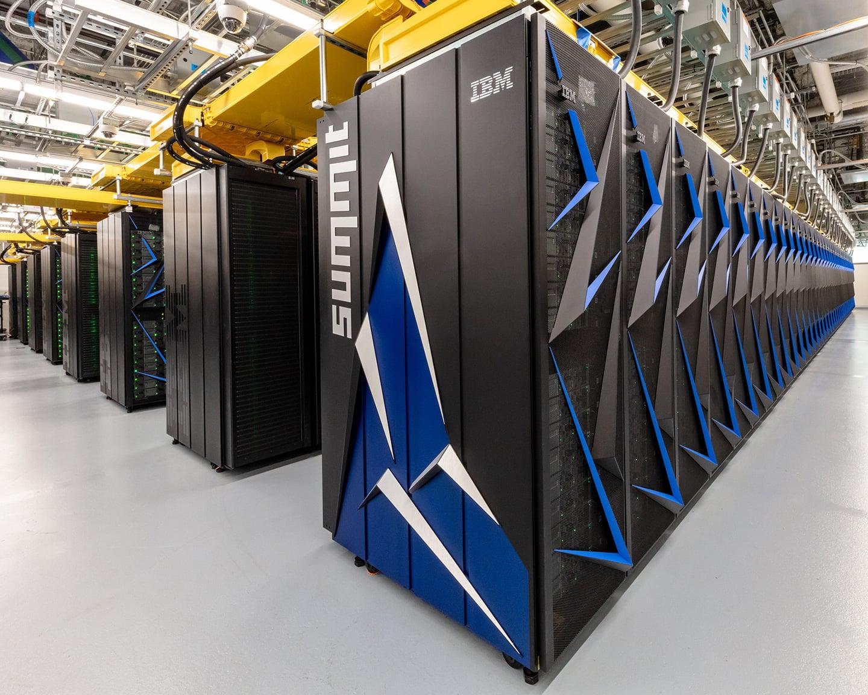 Nejvýkonnější superpočítač světa je z USA a jmenuje se Summit