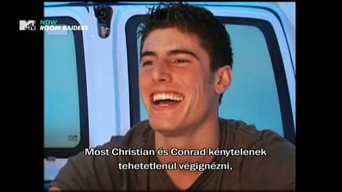 Verze MTV Europe, která je dostupná pro diváky v Maďarsku, vysílá ve formátu 16:9 a má i lokalizované reklamy.