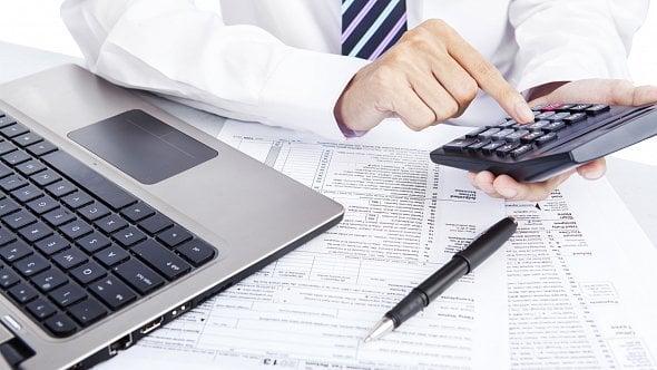 Digitální daň, která má dopadnout na internetové giganty, Sněmovna podpořila