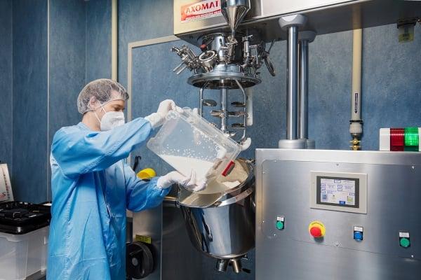 Výroba čípků s obsahem kanabidiolu (CBD)