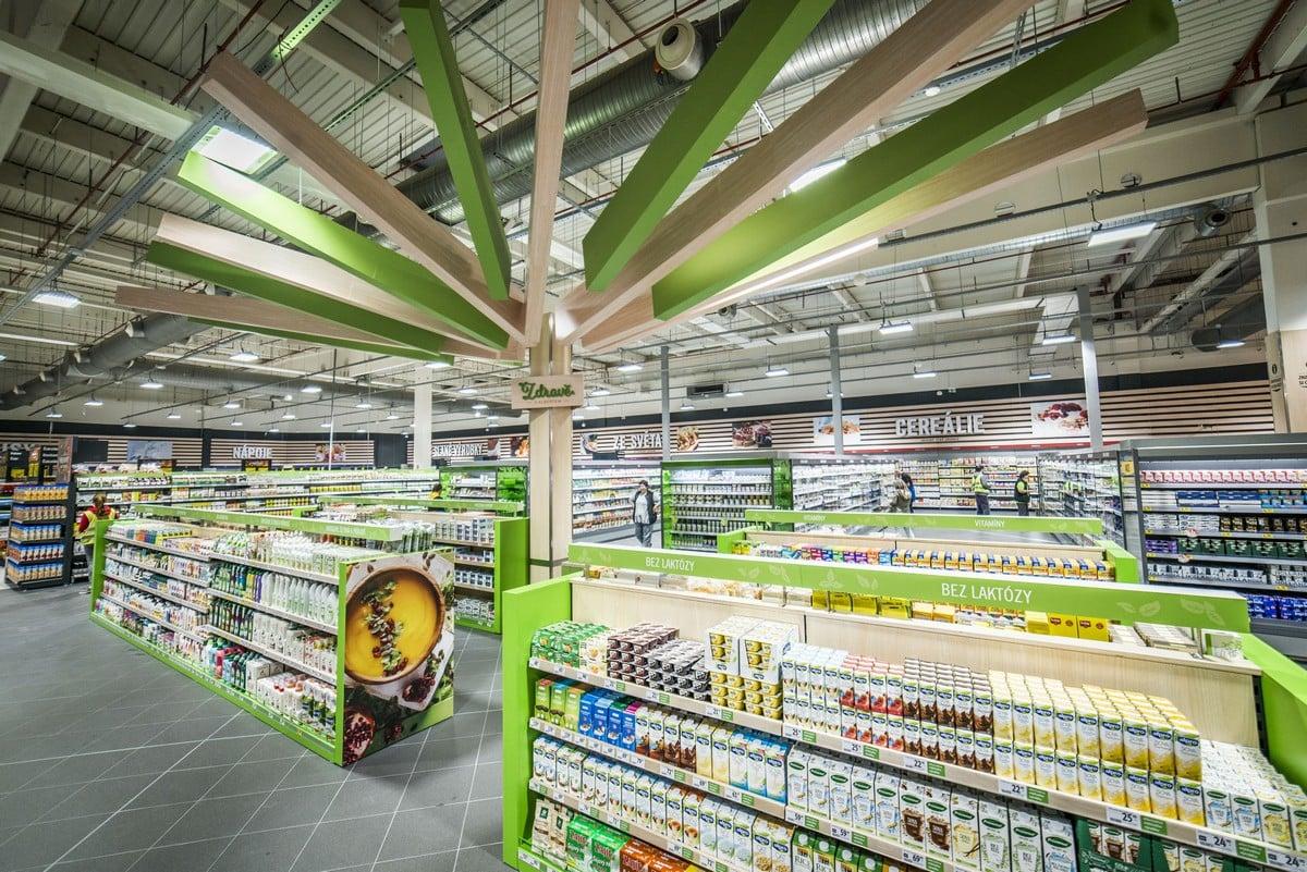 Hypermarket v Čestlicích po bleskové rekonstrukci