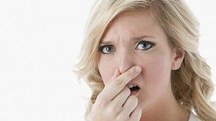 Vitalia.cz: Ztráta čichu: příznak onemocnění koronavirem