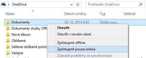 Pokud chcete mít soubory uloženy pouze v cloudovém úložišti OneDrive a nikoliv na pevném disku, stačí jedno klepnutí pravým tlačítkem myši a výběr příslušné položky