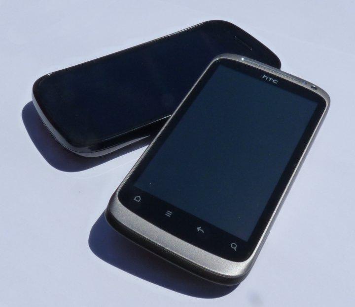 Nexus S vs. Desire S