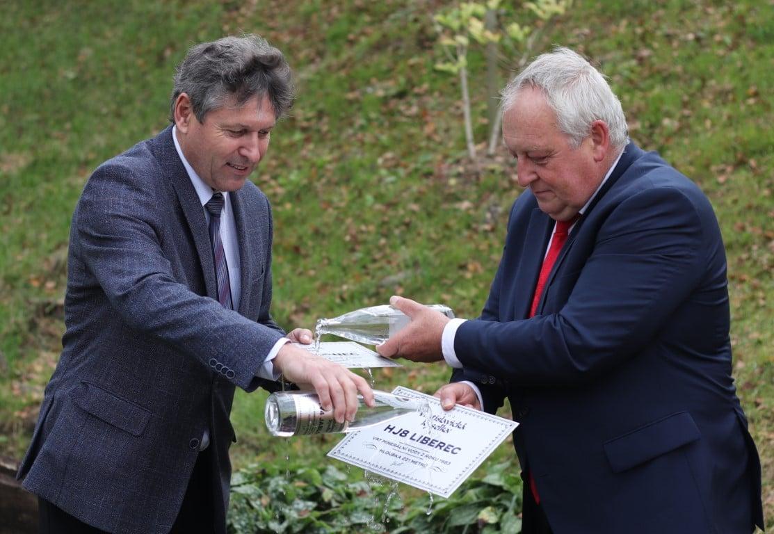 Křest obnovených vrtů Vratislavické kyselky