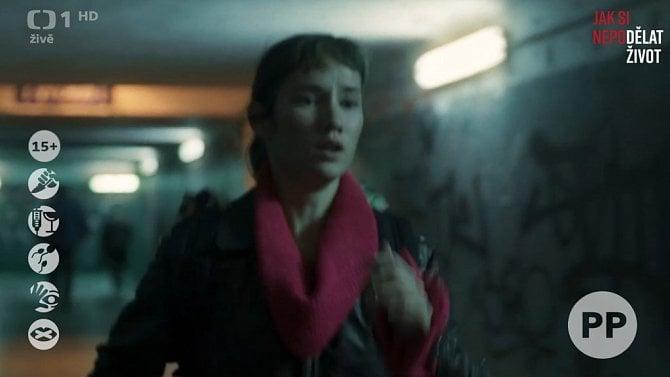 [aktualita] Násilí, strach, sex, vulgarismy, alkohol a drogy. Česká televize otestuje nové piktogramy