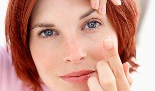 Nejvlhčí kontaktní čočky napodobují oko aslzy