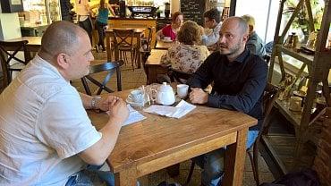 Roman Sysel (vpravo), Conuntry Manager Taxify pro Česko a Slovensko a autor článku. (06/2017)