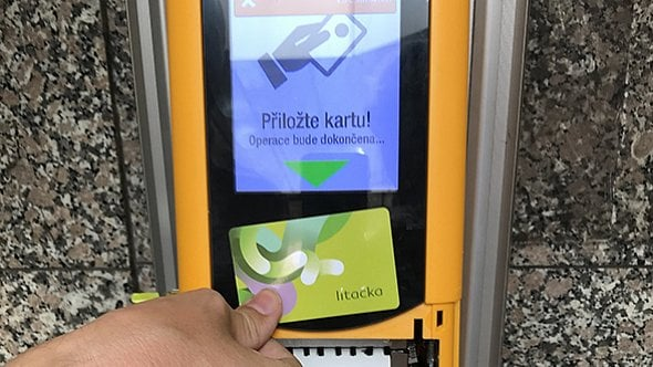 [aktualita] Pražský Dopravní podnik hledá nového dodavatele elektronických jízdenek