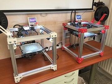 Modely 3D tiskárny KRYAL Cube.