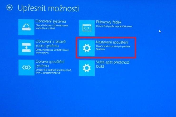 Upřesnění možností spuštění Windows 10