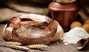 Vitalia.cz: Proč máme prasklý chléb nejraději?