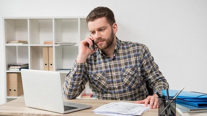 VČeské spořitelně můžete žádat oCOVID III formulářem nebo přes bankéře