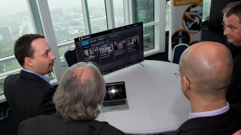 Hybridní aplikaci HbbTV má aktivovanou více než čtvrtina českých televizních domácností