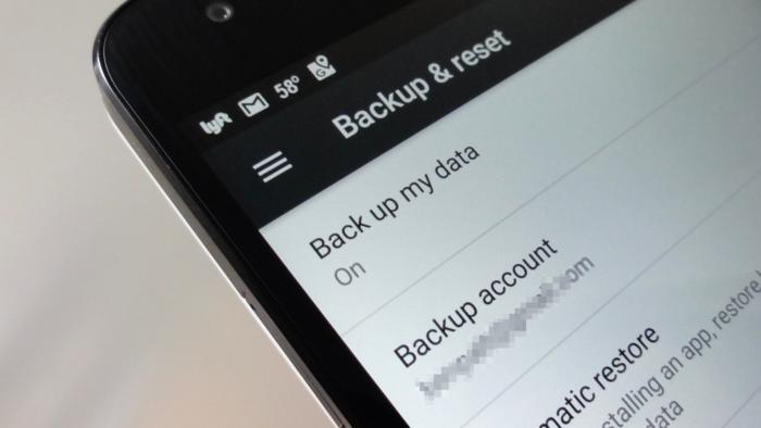 Po zapnutí volby Zálohovat moje data se budou nastavení smartphonu a data aplikací zálohovat na Google Drive.