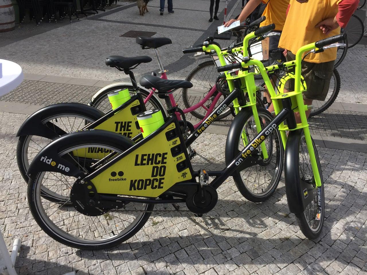 V Praze začne jezdit Freebike, bike sharing s elektrickými koly