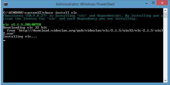 Stačí na příkazový řádek napsat jeden příkaz, kterým Chocolatey zajistí stažení instalačního souboru z internetu a zajistí instalaci aplikace