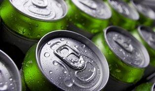 Pivo vplechovkách válcuje točené. Proč, když není lepší?