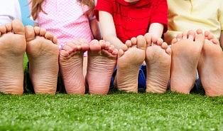 Ploché nohy: Jen pětina dětí má vnormě nožku ipohybový aparát jakocelek