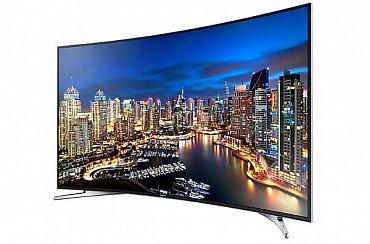 Televizor je rozhodně elegantní i když z tohoto pohledu vypadá lépe než z čela, kde je prohnutá obrazovka poněkud skryta.