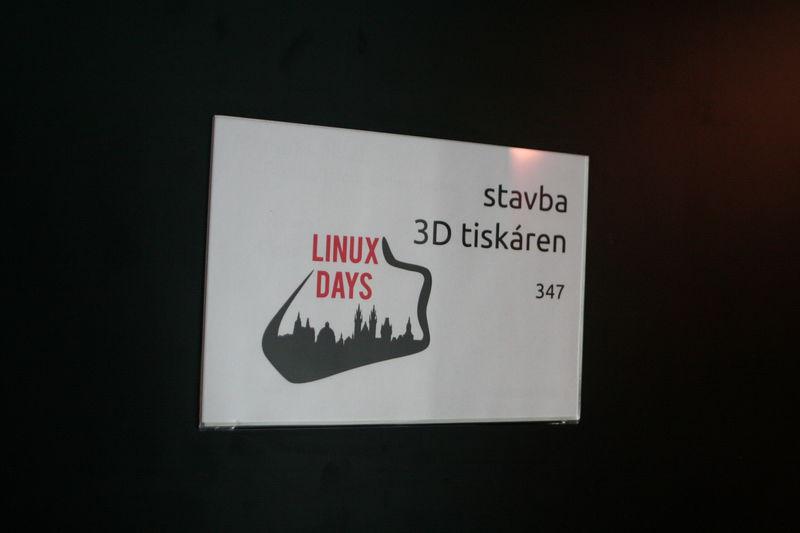 Stavba 3D tiskáren na LinuxDays