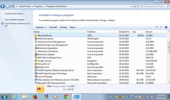 Okno pro přidání či odebrání programů z počítače, které je doslova zapleveleno crapwarem