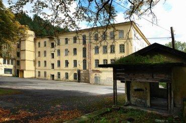 Priedlovy textilní továrny, zázemí pro vedení tábora Rabštejn