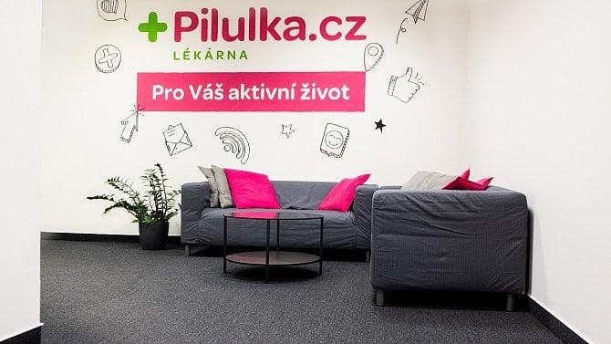 [aktualita] Pilulka.cz dosáhla loni konsolidovaných tržeb skoro 1,8 miliardy Kč, ztrátu snížila o polovinu