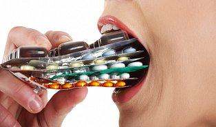 Lékaři přiznávají: Stále předepisujeme antibiotika příliščasto