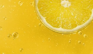 Mnoho způsobů, jak využít citron: od suchých pat po hubnutí