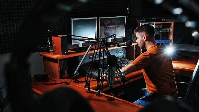 [aktualita] Radio Orlicko se rozšíří na Rychnovsko a do Hradce Králové, změní zvukový obal