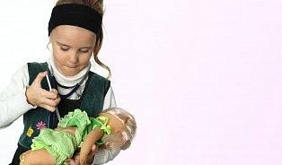 Individuální očkovací plán aodpovědnost státu za následky, navrhují poslanci