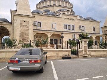 "Mešita v obci Džalka. Čečensko, Rusko (43°18'58.7""N 45°59'35.9""E) (07/2013, iPhone 4S)."