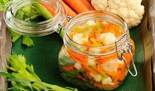 Zdravá pochoutka: Kvašená zelenina pickles