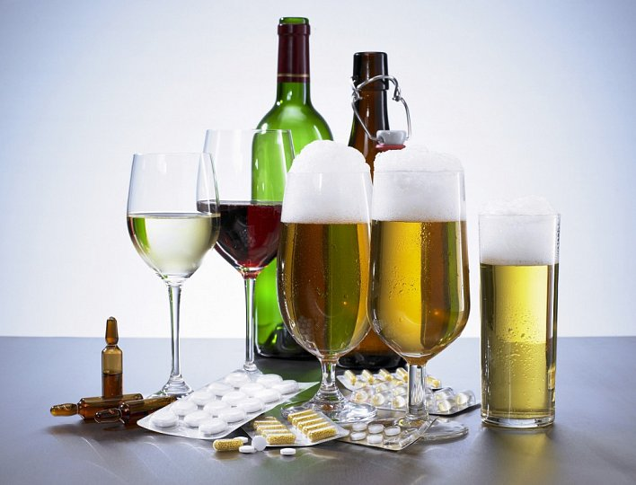léky na bolest a alkohol