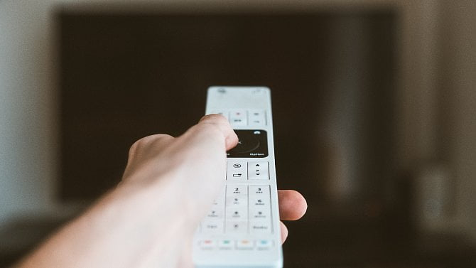 Data: V českých domácnostech se zvyšuje počet televizorů, roste zájem o IPTV