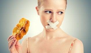 Diety, které ničí ženské zdraví. Narušují menstruaci a mohou vést krakovině či neplodnosti