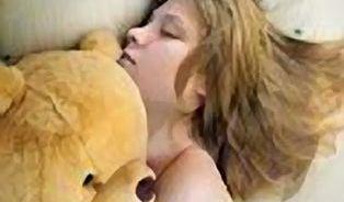 Rakovina děložního čípku: Dokud spí s méďou, nechte ji být
